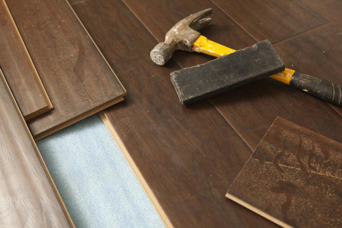 laminate-flooring-being-installed